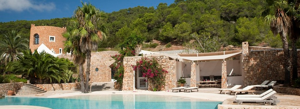 The best Selection of Moraira Villas for sale